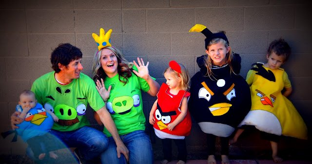 A family dressed up as angry birds