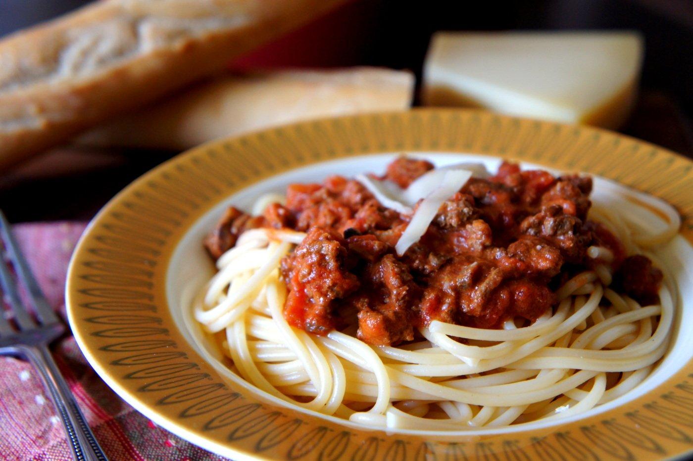 Crock Pot Pasta Bolognese Sauce - I Wash... You Dry