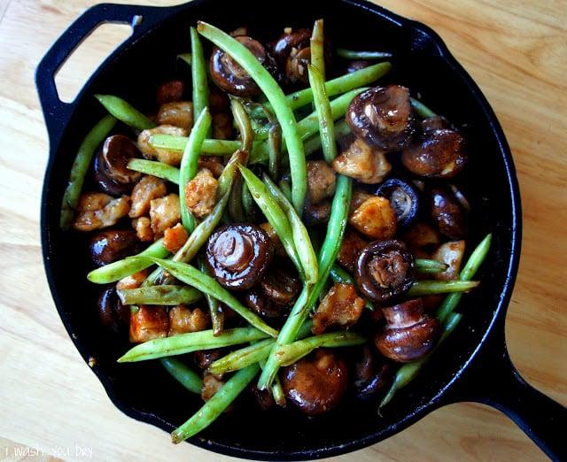 Mushroom Chicken with Green Beans