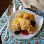 Skinny Mango and Blackberry Cobbler