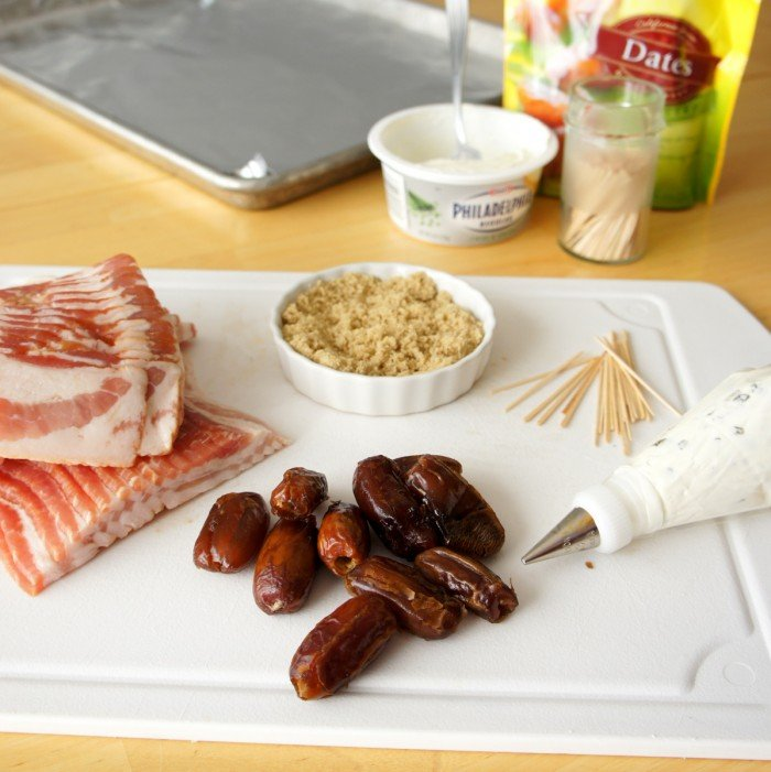 How to make bacon wrapped dates