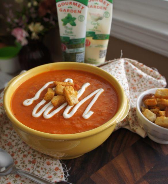 Creamy Sun Dried Tomato and Basil Soup