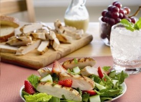 Strawberry_Chicken_Salad