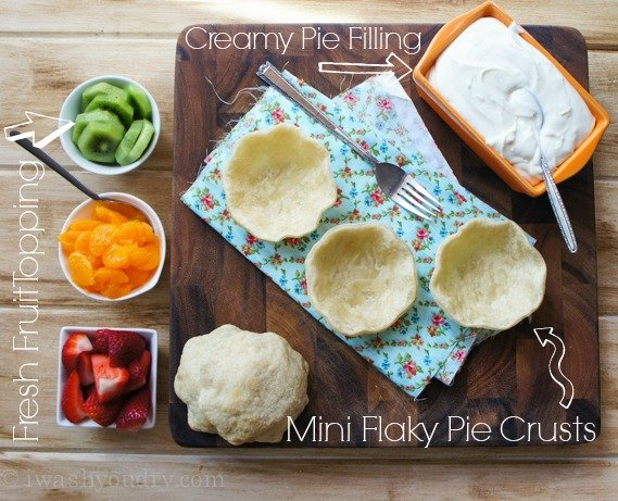 Mini Fresh Fruit Pies for a crowd