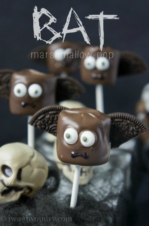 Bat Marshmallow Pop! {Full picture tutorial included, plus other Halloween inspired marshmallow pops}