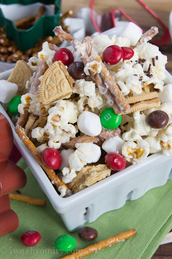 white chocolate gingerbread popcorn - Christmas Chex Mix White Chocolate