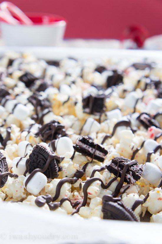 Peppermint Popcorn Mix