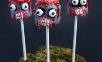 The Walking Dead Marshmallow Pops! So awesome and totally easy! #TWD