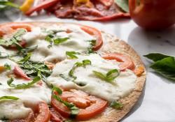 Cheesy Red Pepper Tortilla Pizza