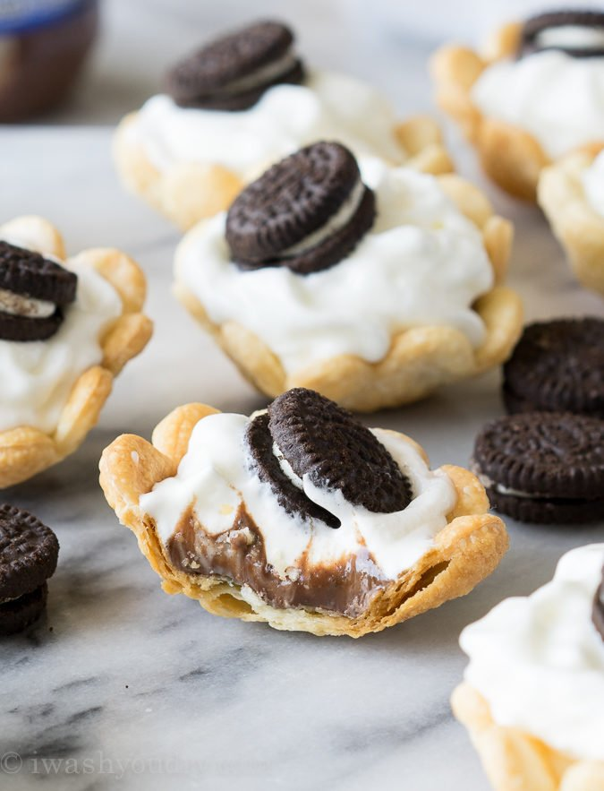 Mini Cookies and Cream Hazelnut Pies