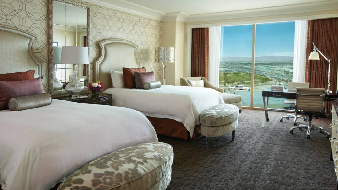 Four seasons las vegas girls trip i wash you dry for Four season rooms