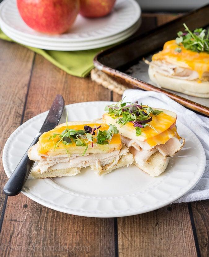 Turkey Apple Cheddar Sandwich Recipe: Turkey Apple Cheddar Bagel Melts
