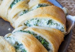 Cheesy Spinach Jalapeno Crescent Ring