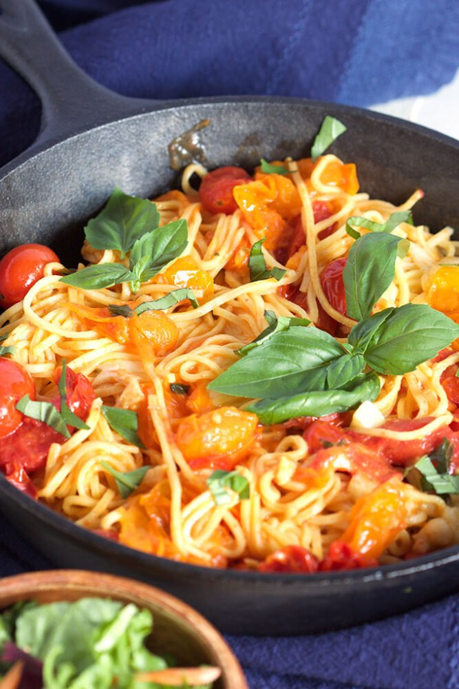 This 15 minute Caprese Pasta Skillet is a quick and easy dinner recipe that my family loves!