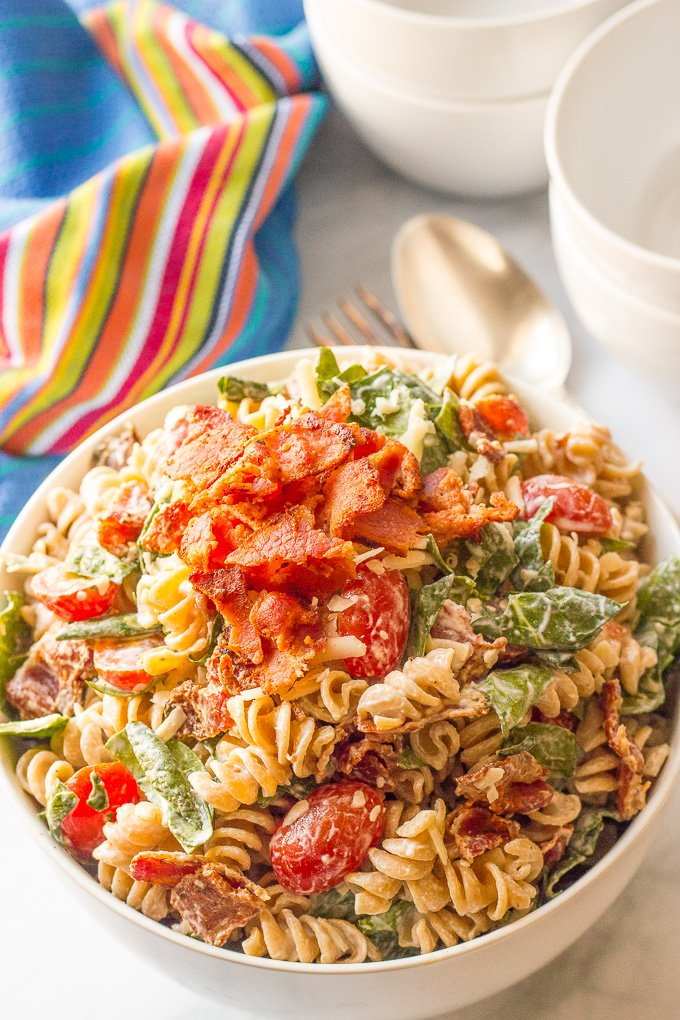 This Creamy BLT Pasta Salad is a super easy side dish (or main dish) for the summer!