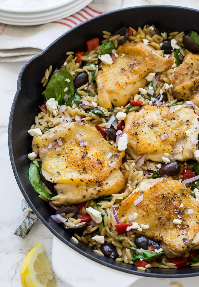 This One Skillet Greek Chicken is a one pan meal that's full of bold flavors and made super quick! You'll love this recipe!