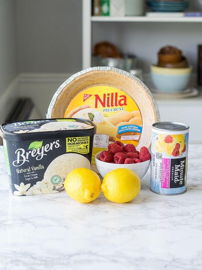 Ingredients needed to make frozen ice cream pie
