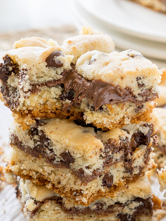 Chocolate Chip Muffin Crumb Bars