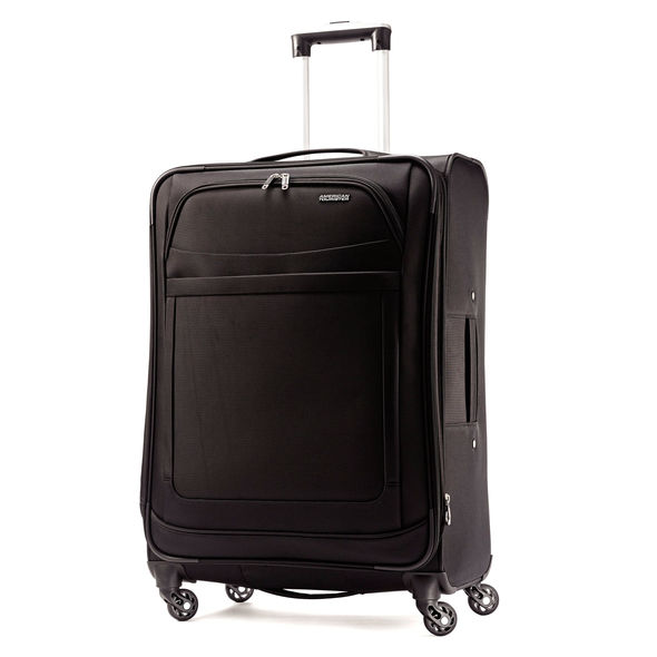 American Tourister Bag! These light bags are only 10.4 pounds, but hold SO MUCH MORE!