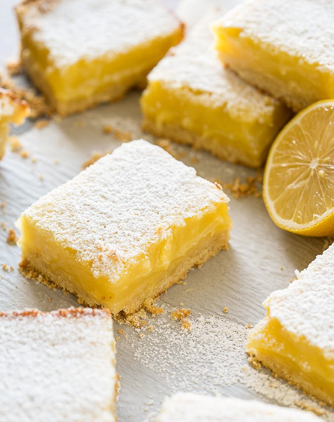 easy lemon bar recipe with fresh lemons