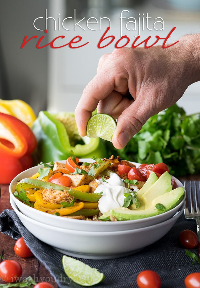This super quick Chicken Fajita Rice Bowl is full of delicious flavor and perfect for easy lunches!