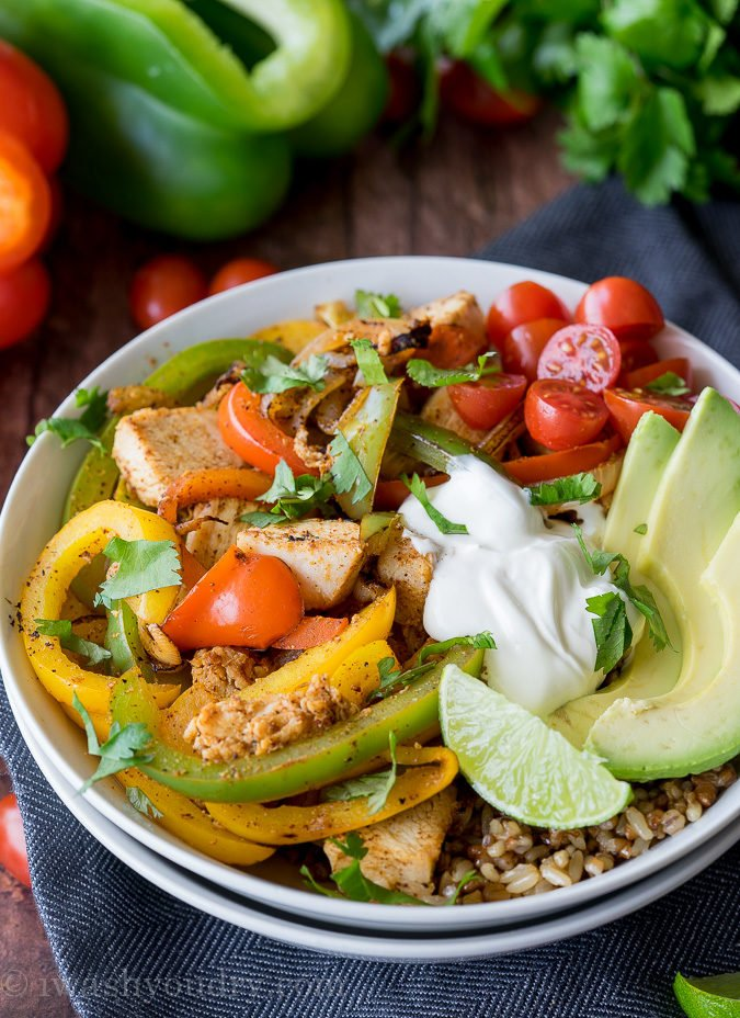 This super quick Chicken Fajita Rice Bowl are full of delicious flavor and perfect for easy lunches!