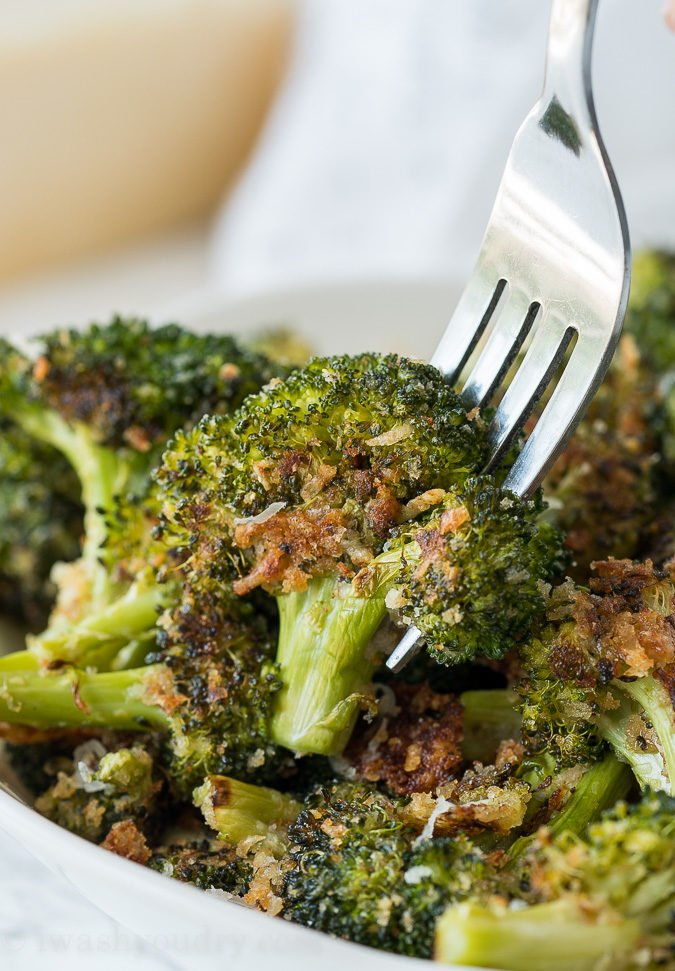 Parmesan roasted broccoli i wash you dry this parmesan roasted broccoli recipes is my new favorite way to eat broccoli its so forumfinder Choice Image