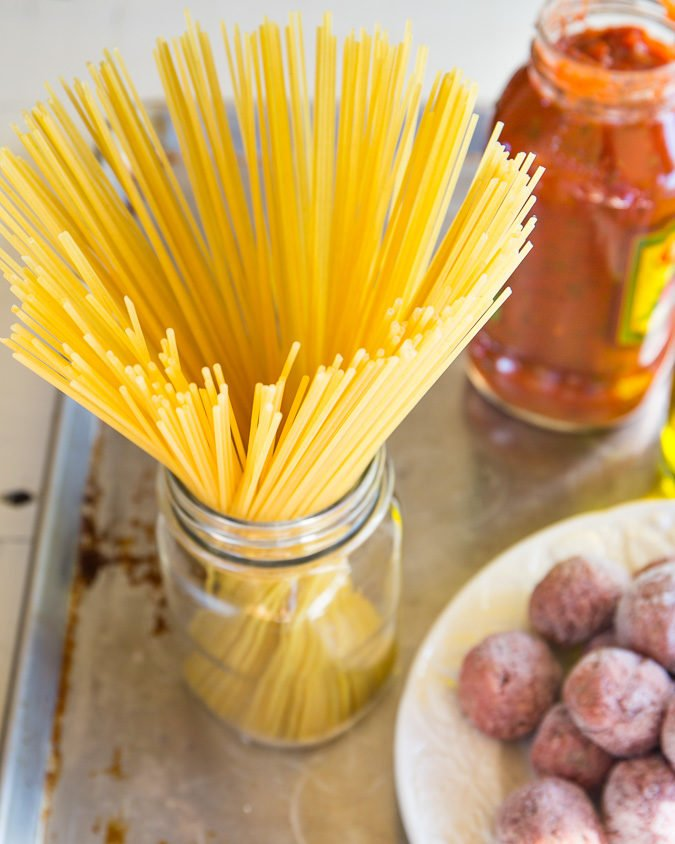 Instant Pot Spaghetti and Meatballs - everyone's favorite comfort food gets a quick and easy makeover with just 3 main ingredients and less than 30 minutes!