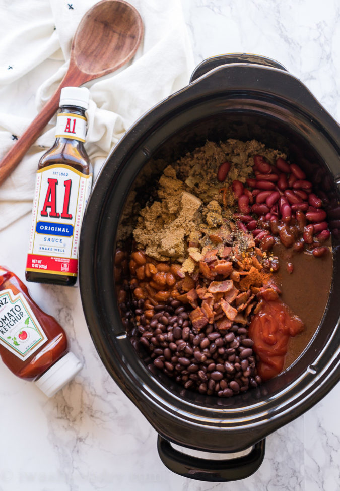 These are THE BEST Slow Cooker Baked Beans Recipe!