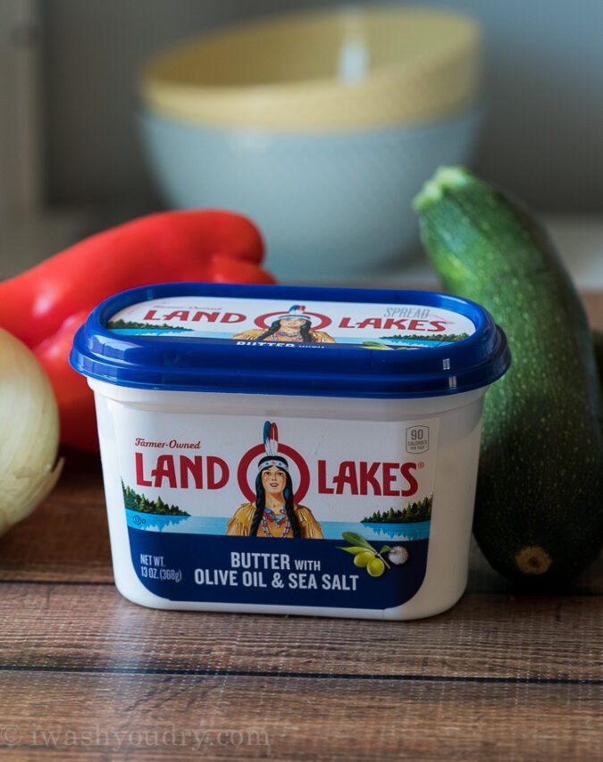 Land O Lakes® Butter with Olive Oil & Sea Salt is super convenient and easy to use for delicious chicken recipes like this one!