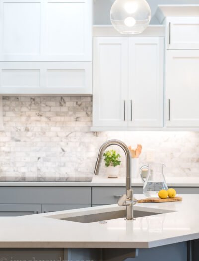 I'm obsessed with my New Kitchen Faucet Makeover! This Beale MeasureFill Kitchen Faucet makes cooking a breeze!