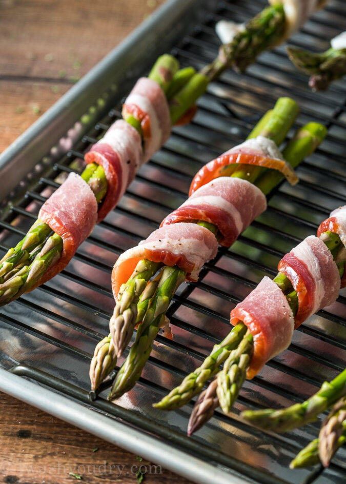Bacon Wrapped Asparagus is a delicious and easy side dish recipe. Perfect for dinner parties and entertaining.