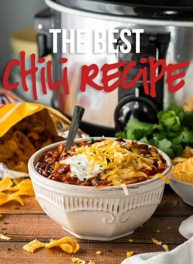 This super easy crock pot chili is THE BEST Chili Recipe because it's filled with beef pinterest