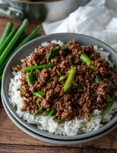 WOW! This super easy Mongolian Ground Beef Recipe is ready in just 15 minutes!