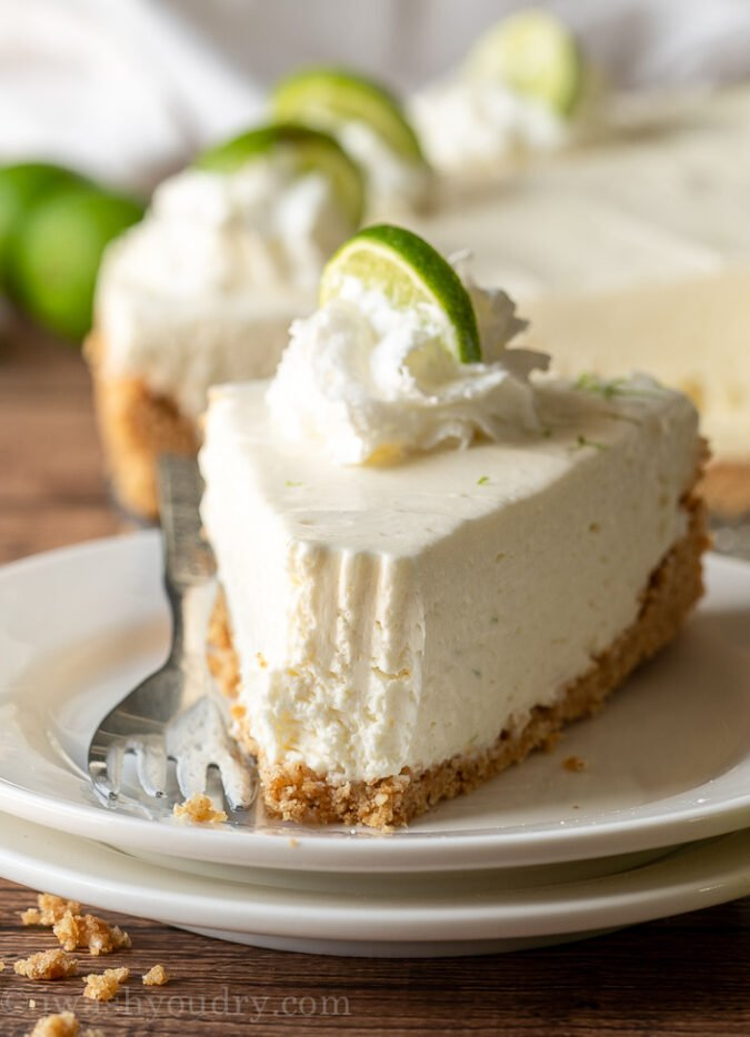 YESSS!! Light and fluffy NO-BAKE Cheesecake with a bright and delicious key lime flavor! SO GOOD!
