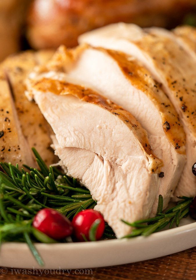 The JUICIEST Turkey breast using the dry brine cooking method!