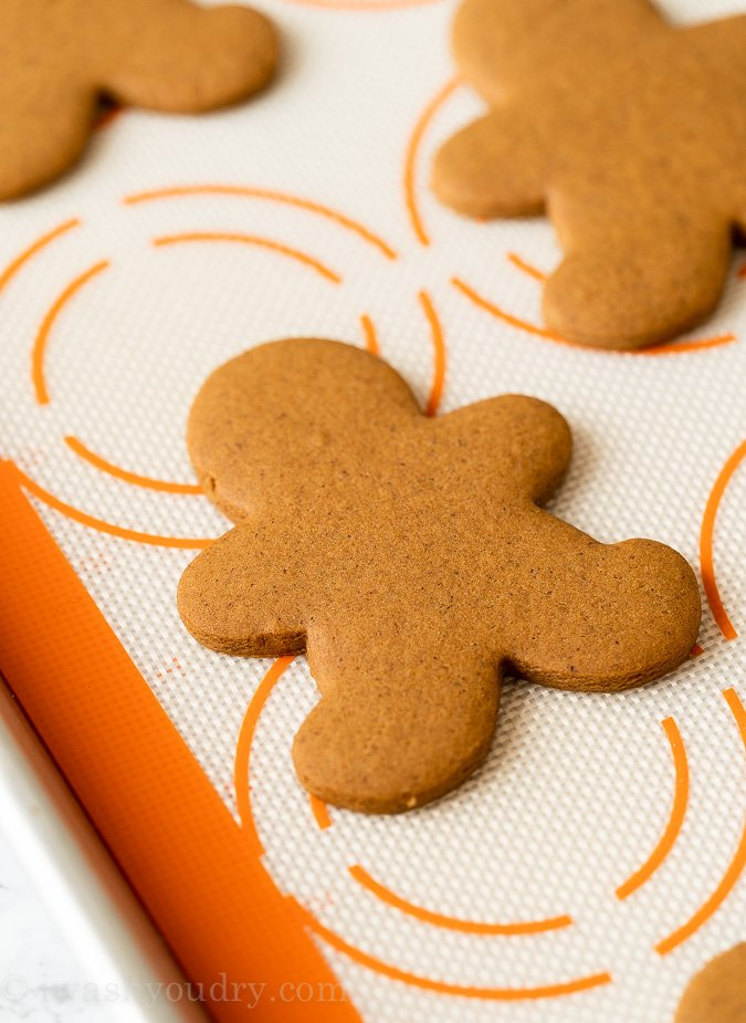 How to Bake Gingerbread Cookies in the oven
