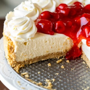No bake cheesecake in pan with cherry topping