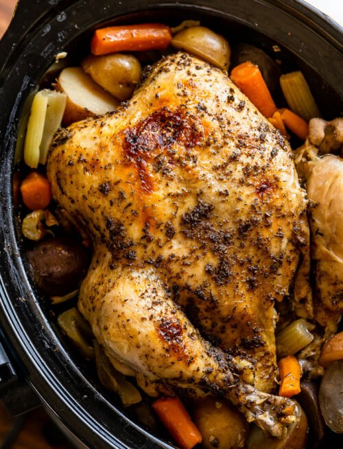 Crockpot Whole Chicken Recipe with vegetables and potatoes!
