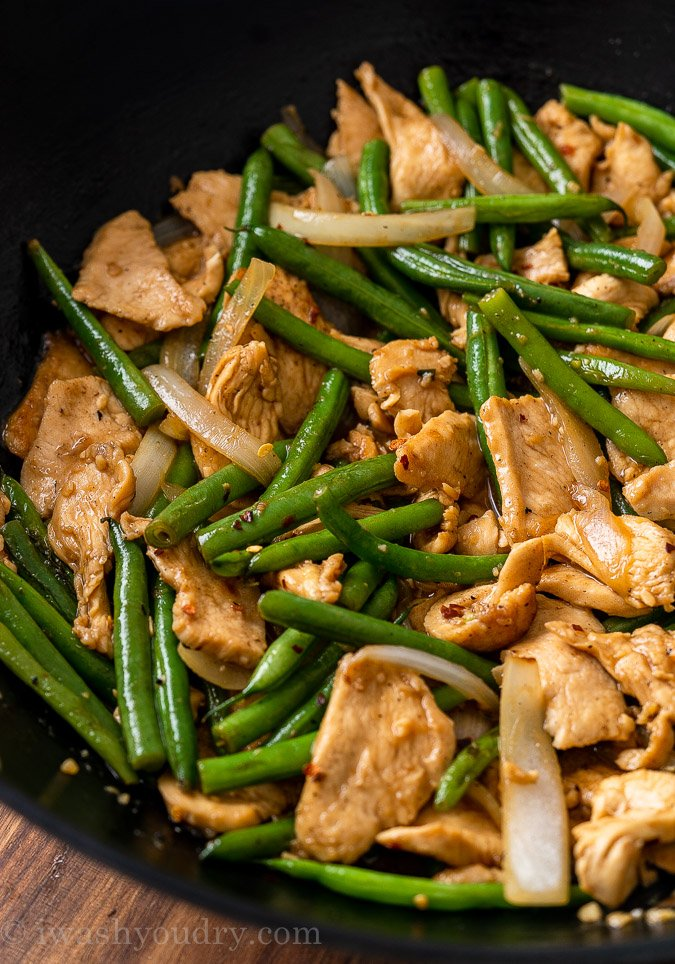 Chicken and Green Beans in skillet