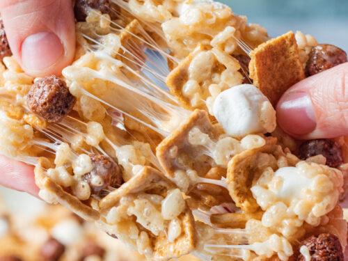 pulling rice krispy treat apart