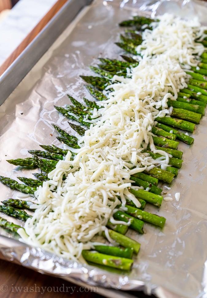 mozzarella cheese with asparagus